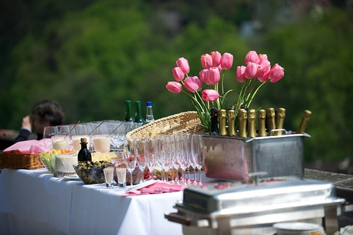 Things You Need To Plan In Hosting An Office Function
